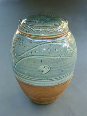 large lidded pot